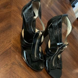 Michael Michael kors patent leather sandal heel